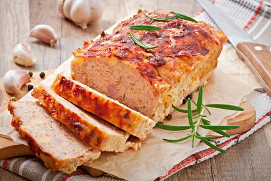 Fleischkäse mit Gemüse & Kartoffelbrei